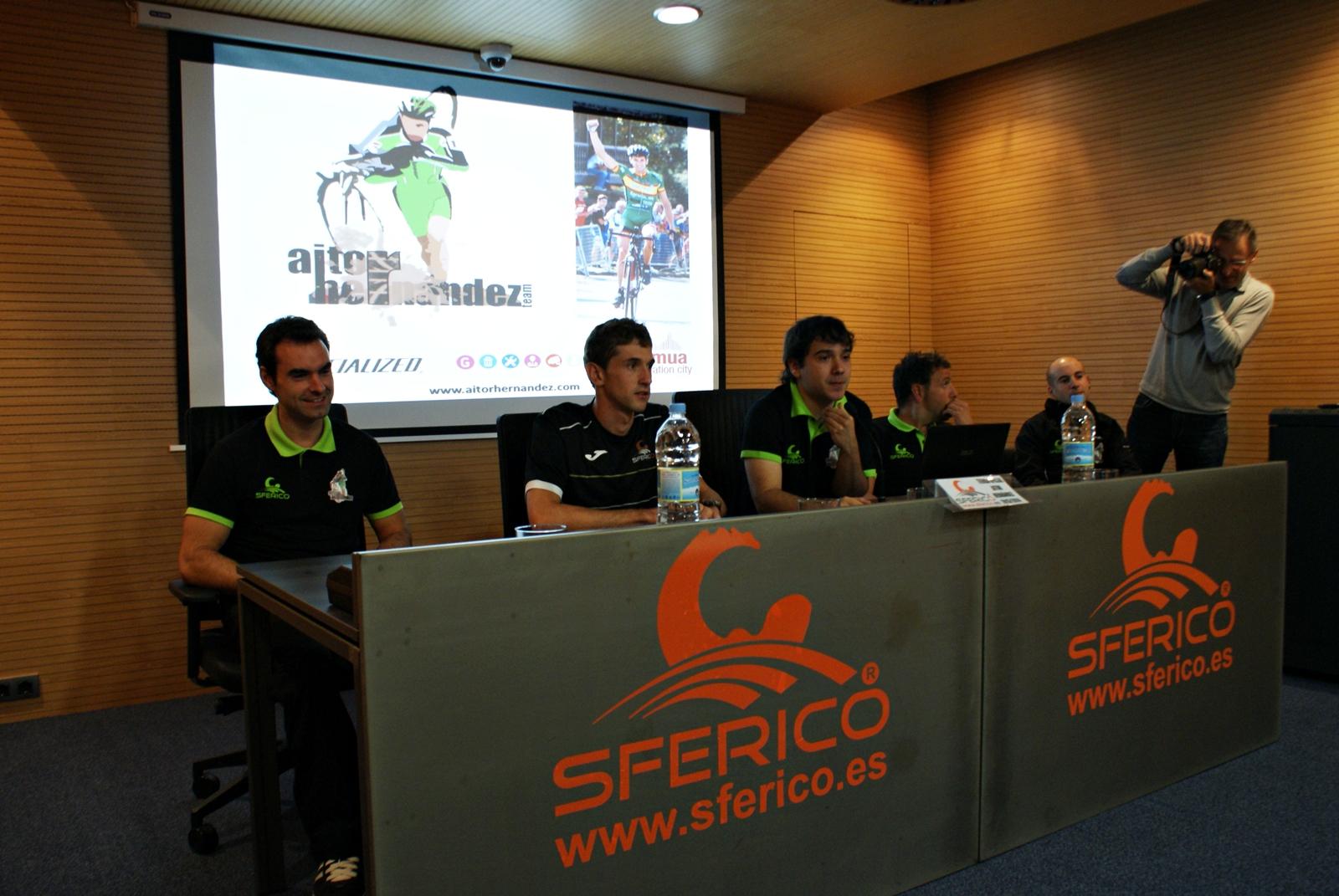 Presentación de Aitor Hernández Temporada 2013/2014
